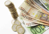 """<b>8 premii lunare in valoare de 250 Euro</b><br type=""""_moz"""" />"""