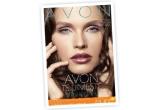 un set de produse cosmetice de la Avon