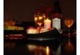 o cina romantica pentru doua persoane in valoare de 100 RON / saptamana