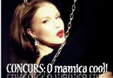 """un obiect vestimentar purtat de Corina intr-un videoclip si noul album cu autograf personalizat<br type=""""_moz"""" />"""