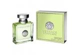 un parfum Versace Versense, un parfum Armani Attitude