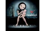 "albumul ""Om de Lut"" al Alexandrinei Hristov"