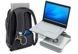 "un rucsac Belkin ""Dash 16"", un router wireless Belkin N150, un laptop cooler cu USB hub"