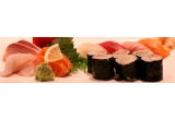 un voucher de 100 lei pentru o masa la Restaurant Zen Sushi