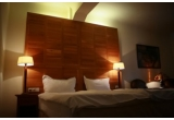 1 x noapte romantica la Hotel Rembrandt, 1 x colier Big Crystal Inima CRYSTALLIZED (Swarovski Elements)