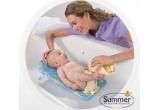 1 x Kit de Ingrijire Deluxe (Nursery + Bath Kit), 1 x Suport Pliabil Fold & Store Tub Time Bath Sling, 1 x Olita Dino