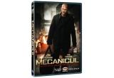 """un DVD cu filmul """"Mecanicul"""""""