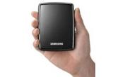 un hard-disk portabil Samsung S2 de 500GB, 3 x voucher de 50 RON