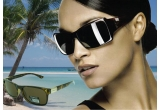 1 x o pereche de ochelari de soare Polaroid modelul P8136 B