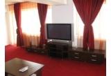 1 x weekend pentru doua persoane intr-un apartament in regim hotelier din Bucuresti, 1 x cina pentru doua persoane la un restaurant select, 1 x 2 bilete la cinema / teatru / muzeu / Aqua Park - la alegere