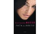 """1 x cartea """"Fata de hartie"""" de Guillaume Musso"""