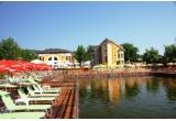 1 x o noapte la Baia Rosie Resort, 1 x 50 euro, 3 x o intrare la Baia Baciului (sezlong + welcome drink)
