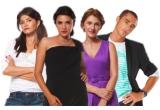 """1 x rol in urmatorul sezon al telenovelei """"Narcisa salbatica"""", 1 x zi petrecuta pe platoul de filmare alaturi de actori, 1 x aparitia in promo-ul care anunta revenirea din toamna a telenovelei, 1 x masa in oras alaturi de unul dintre actorii preferati din telenovela"""