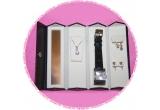 1 x caseta de bijuterii Avon pentru calatorii