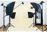 1 x sesiune foto profesionala in studio in valoare de 200 RON, 1 x reducere de 60% la o sesiune foto profesionala in studio, 1 x reducere de 40% la o sesiune foto profesionala in studio