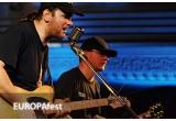 3 x invitatie dubla la EUROPAfest2012, 1 x promovare in cadrul festivalului si pe site-ul festivalului