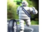 1 x excursie la Muzeul Michelin din Franta, 8 x seturi Michelin (geanta de calatorie + set de iarna (caciula, fular si manusi)+ lanterna cu leduri + umbrela + harta Michelin Romania  + Ghid Verde Romania + termos + breloc)