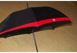 1 x umbrela + un mouse pad Coca-Cola
