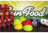 1 x set 4 boluri colorate cu buline, 1 x 20 de conserve de fructe si legume Sun Food