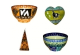 1 x set de 2 boluri ceramice + o lumanare + o inimioara decorativa