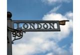 """1 x excursie pentru 2 persoane la Londra + The Ultimate Adventure Pass, 5 x pachet cu obiecte promotionale inscriptionate cu logo """"John Carter"""" (ceas de mana + tricou + agenda + breloc + un memory stick 4 GB)"""