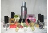 12 x Pachet compus din 3 parfumuri de 50 ml + 3 testere de 10 ml + 3 sapunuri naturale, 12 x Pachet compus din 2 parfumuri de 50 ml + 2 testere de 10 ml + 2 sapunuri naturale, 12 x Pachet compus din 1 parfum de 50 ml + 1 tester de 10 ml + 1 sapun natural