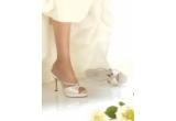 1 x pereche de papucei de mireasa de la Ivory