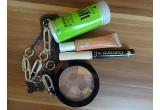 1 x set cu produse cosmetice + un lantisor cu zale intercalate