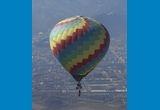 un zbor in doi cu balonul cu aer cald oferit de <a target=&quot;_blank&quot; rel=&quot;nofollow&quot; href=&quot;http://www.johnbalon.ro/&quot;>John Balon Sky Team</a><br />