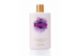 1 x Berry Kiss Lotion & Berry Kiss Body Mist, 1 x Sheer Love Body Butter, 1 x Pure Seduction Lotion