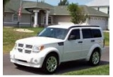 """un autoturism Dodge Nitro<br type=""""_moz"""" />"""