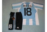 "echipament original marca ""Adidas"" cu Lionel Messi<br />"
