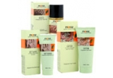 un set produse cosmetice oferite de Moraz<br />