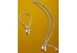 8 x  seturi de bijuterii argintate cu cristale Swarovski oferite de<a rel=&quot;nofollow&quot; target=&quot;_blank&quot; href=&quot;http://www.tria-alfa.ro/magazin/index.php&quot;> Tria Alfa</a><br />