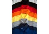 <p> Un tricou polo personalizat</p>