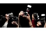 1 x excursie fotografica exclusiva la alegerea ta + echipament foto de 5000 euro + produse foto CEWE in valoare totala de 1 500 Euro, 13 x echipament foto in valoare de 1 000 Euro + vouchere CEWE in valoare de cate 1 000 Euro, 979 x vouchere de produse foto CEWE de 250/ 150/ 50 sau 30 euro