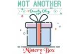 1 x cutie plina cu produse cosmetice surpriza in valoare de 100 lei