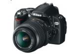 un aparat foto Nikon Kit D60<br />