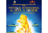 8 invitatii la <b>Festivalul International de Arta a Circului</b><br />