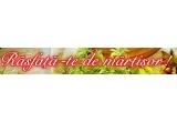 un kit de infrumusetare continand produse de manichiura, pedichiura si epilat, oferit de salonul Mayo, 2 x voucher de masaj la salonul Naturaspa