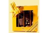 o cutie de bomboane de ciocolata