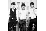 "<b>5 CD-uri cu albumul 'JONAS BROTHERS – JONAS BROTHERS' oferite de </b><a target=""_blank"" rel=""nofollow"" href=""http://www.umusic.ro/""><b>Universal Music</b></a>"