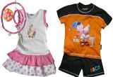 """<b>O rochita si un set de bijuterii</b> pentru fetite si <b>un costumas </b>pentru baietei oferite de <a rel=""""nofollow"""" target=""""_blank"""" href=""""http://www.marisimici.ro/"""">www.marisimici.ro</a><br />"""